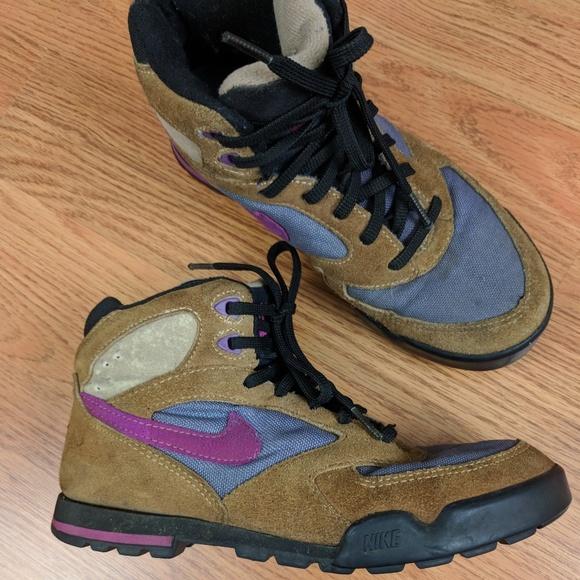 Nike Shoes   99s Vintage Nike Tan